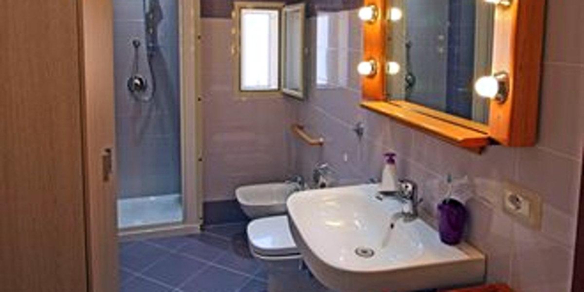 bagno casa sole